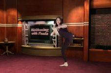 Paula kickboxing at view3d.tv